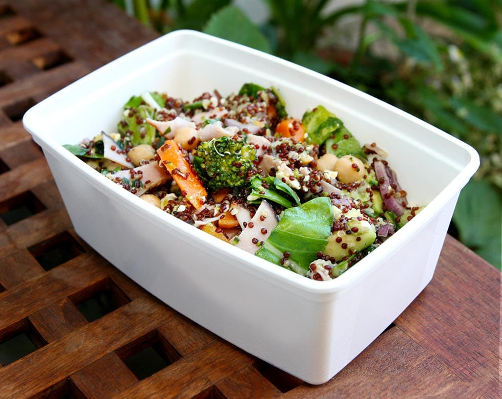 Ljummen quinoasallad med skinka och broccoli