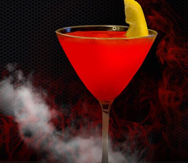 Halloweendrink med blodapelsin och peppar