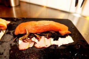 Lax med svamp och bacon