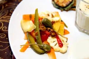 Morotssallad med solrosfrön och rostad chili