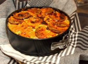 Äppeldoftande falukorvsgratäng med mozzarella