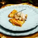 Quesadillas med cheddarost och matjestopping