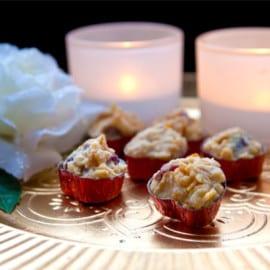 Cornflakestoppar med vit choklad och tranbär