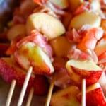 Grillade scampispett med nektarin och bacon