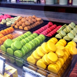 Macaron-mania at the airport