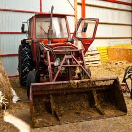 Traktor @ Ängsholmens Gårdsmejeri