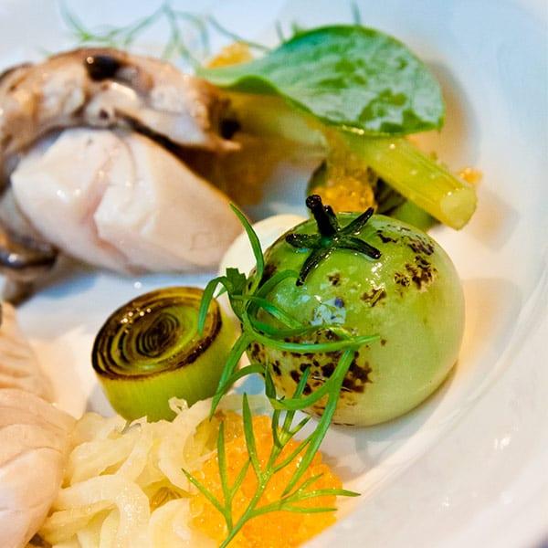 Johan Backéus – Sej, grönsaker möter hav