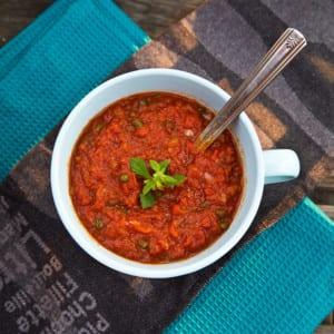 Mustig tomatsås