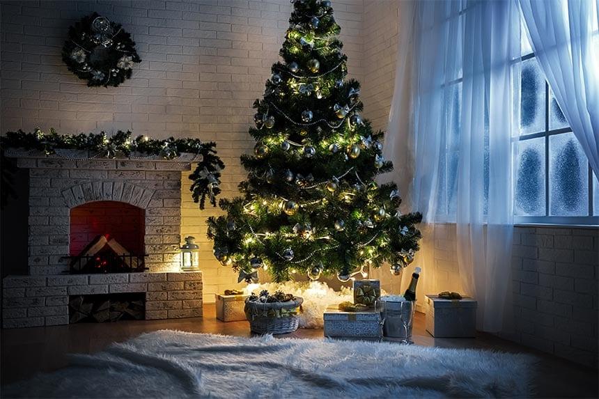 När ska man enligt traditionen kasta ut julgranen?