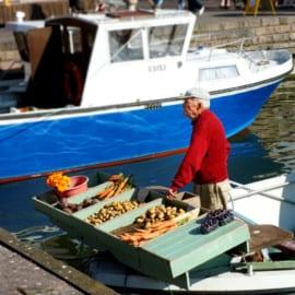 Hamnen vid Salutorget i Helsingfors, Finland