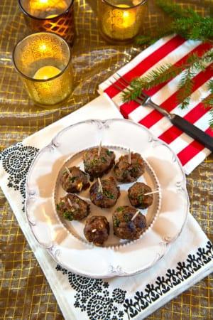 Julköttbullar med mandel, grönkål och apelsin