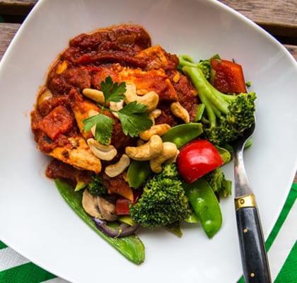 Quornpanna med wokade grönsaker och quinoa