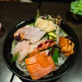 Sashimi med röding, forell + forellrom, mirrinlax, gös, sej, shiso rättika och endiv, färsk wasabi från England på Restaurang vRÅ Göteborg 2015