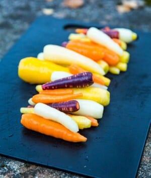 Morötter i olika färger