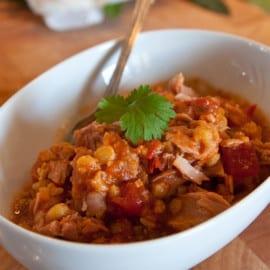 Tonfisk med tomat- och kikärtsröra
