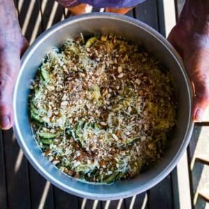 Grillad fläskfilé med ostgratinerad zucchini och dillscaesar