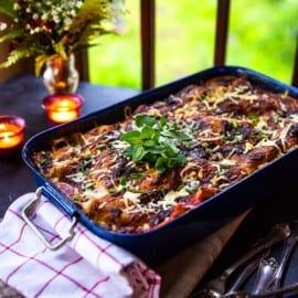 Vegetarisk lasagne med getost, zucchini och smörfrästa champinjoner