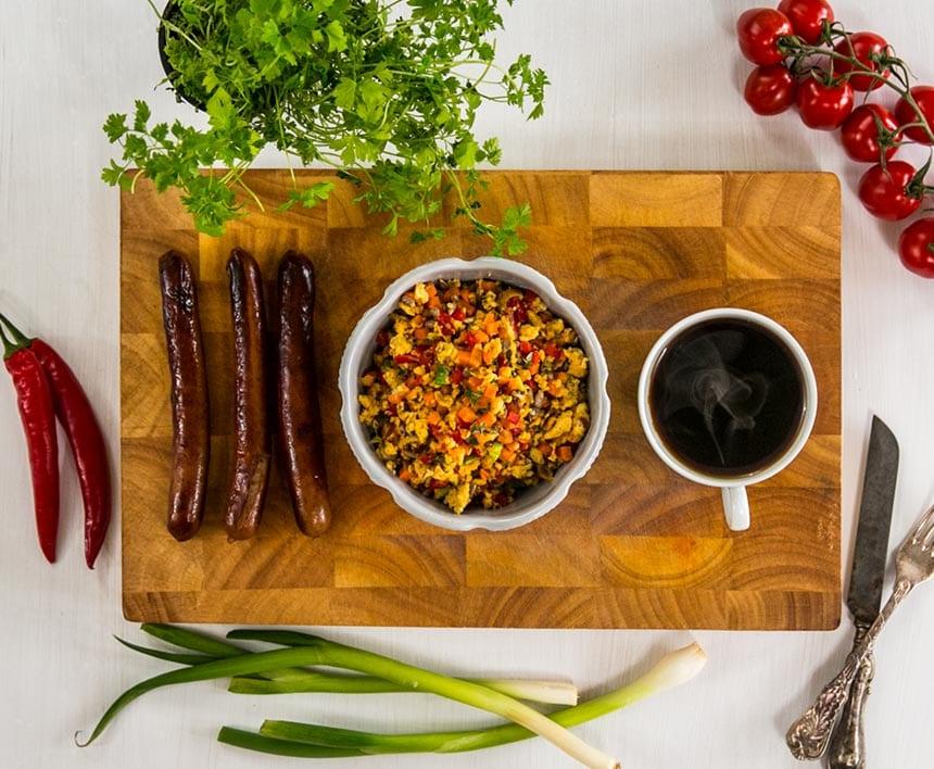 Bästa äggröran med grönsaker och frön