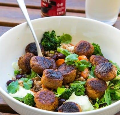 Järpish med matvetesallad och currycreme