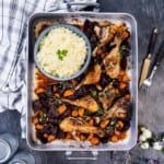 Kyckling med rotsaker och vitlöksris