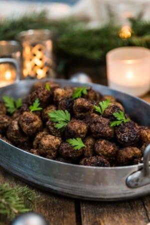 Julköttbullar med kryddpeppar och nejlika