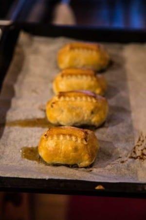 Bacon- och svampfyllda kycklinglårfiléer i smördeg