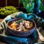 Krämig tonfiskpasta med champinjoner och soltorkade tomater