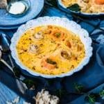 Krämig fisksoppa med torsk, kallrökt lax och potatis