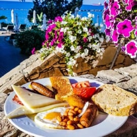 Mat på Hotell The Royal Apollonia Beach Cypern 2018