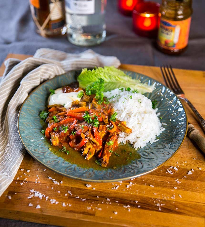 Indisk currygryta med vegetariska strimlor