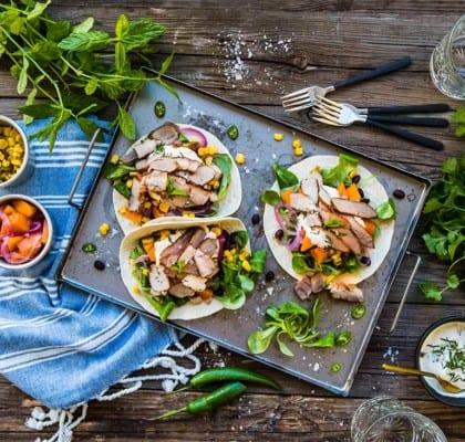 Tacos med flintastek, picklad pumpa och mynta