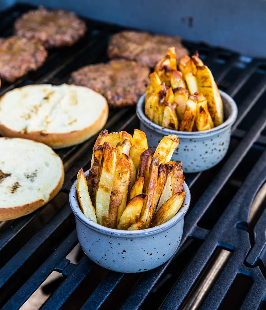Så gör du pommes frites: i ugn eller friterade i kastrull
