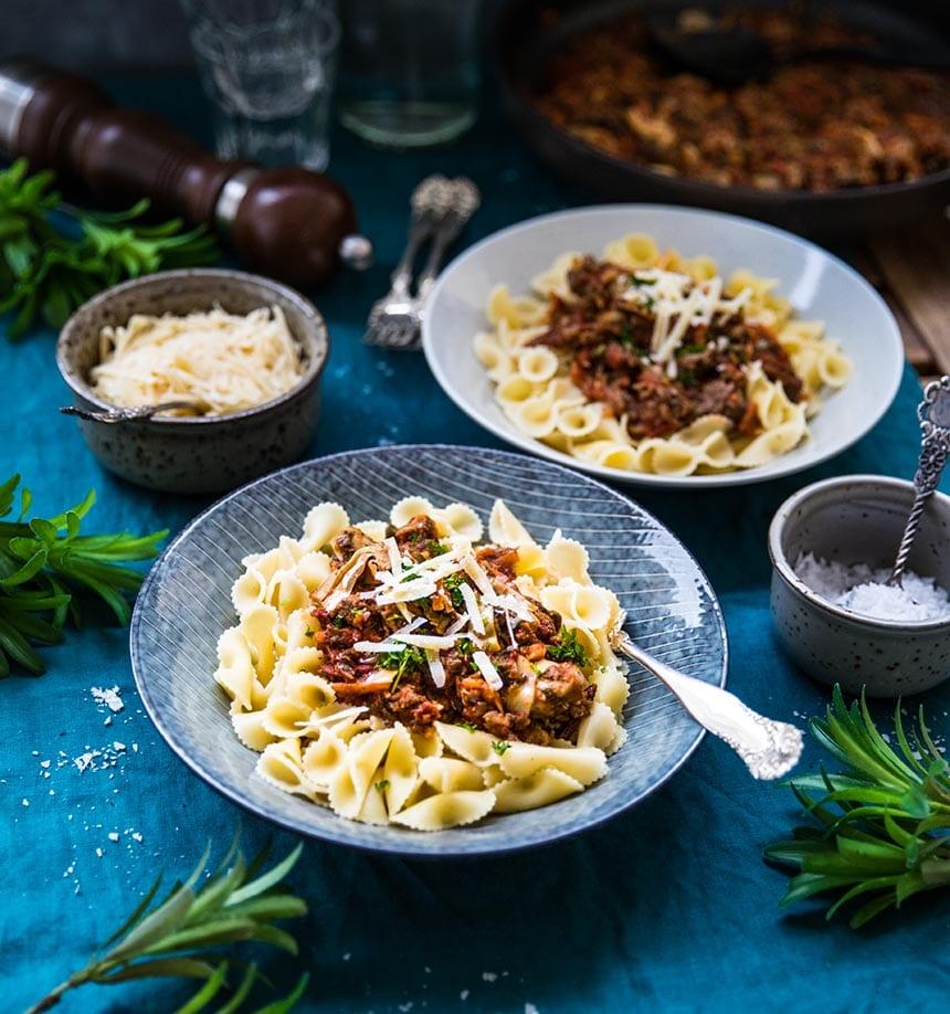 Mustig ragu med köttfärs, kirskål och italienska smaker