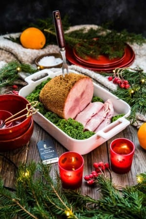 Julskinka griljerad med kavring