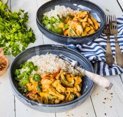 Krämig currypanna med falukorv blomkål