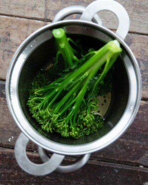 Ångkokt broccoli