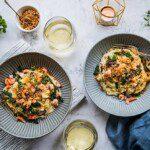 Pasta med gräddig vitvinssås, kräftstjärtar och crunch
